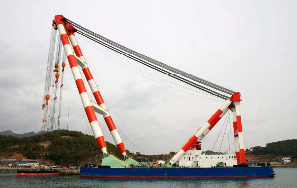 grue flottante (floating crane) 933